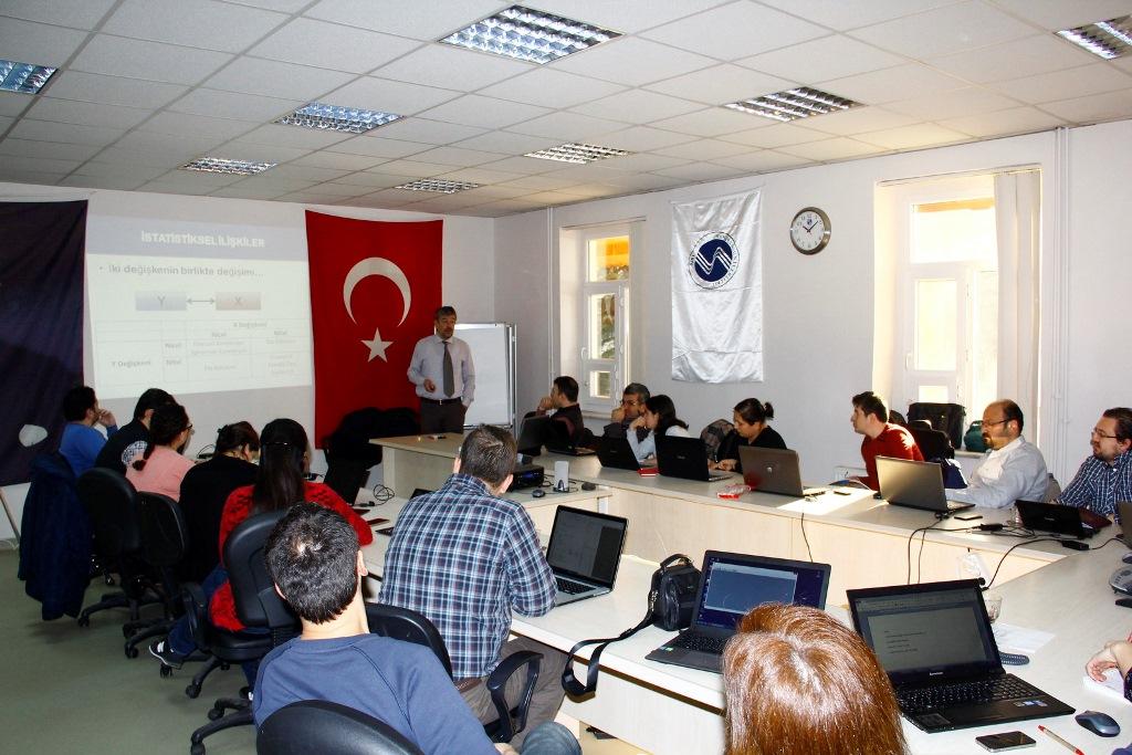 Hendek Eğitim Fakültesi'nde Proje Toplantısı