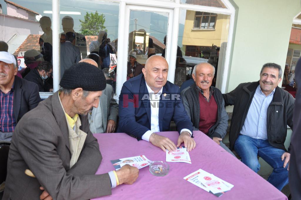 CHP MAHALLE GEZİLERİNE DEVAM EDİYOR