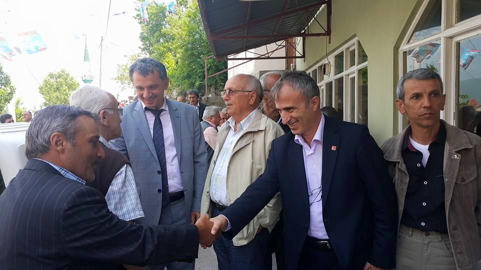 CHP  Hendek  Dikmen Ve Çamlıca Köylerini Ziyaret Etti.