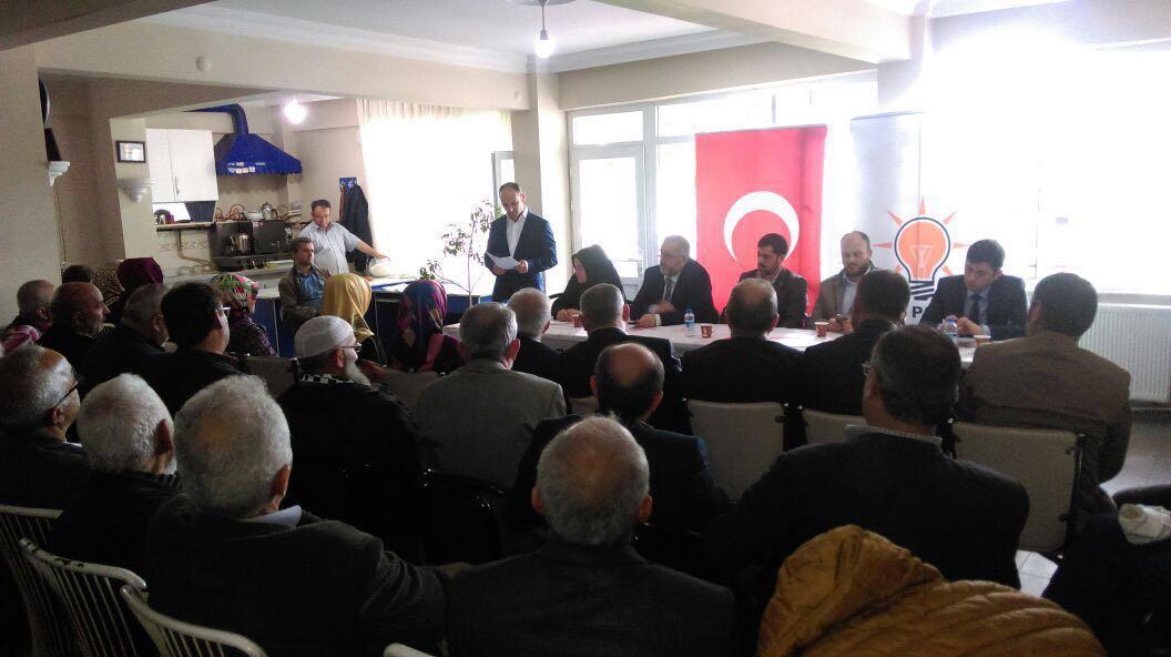 AK Parti Hendek Danışma Meclisi Toplantısını Gerçekleştirdi