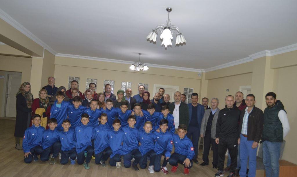 Hendekspor U12 Altyapı takımı Ege'ye Gitti