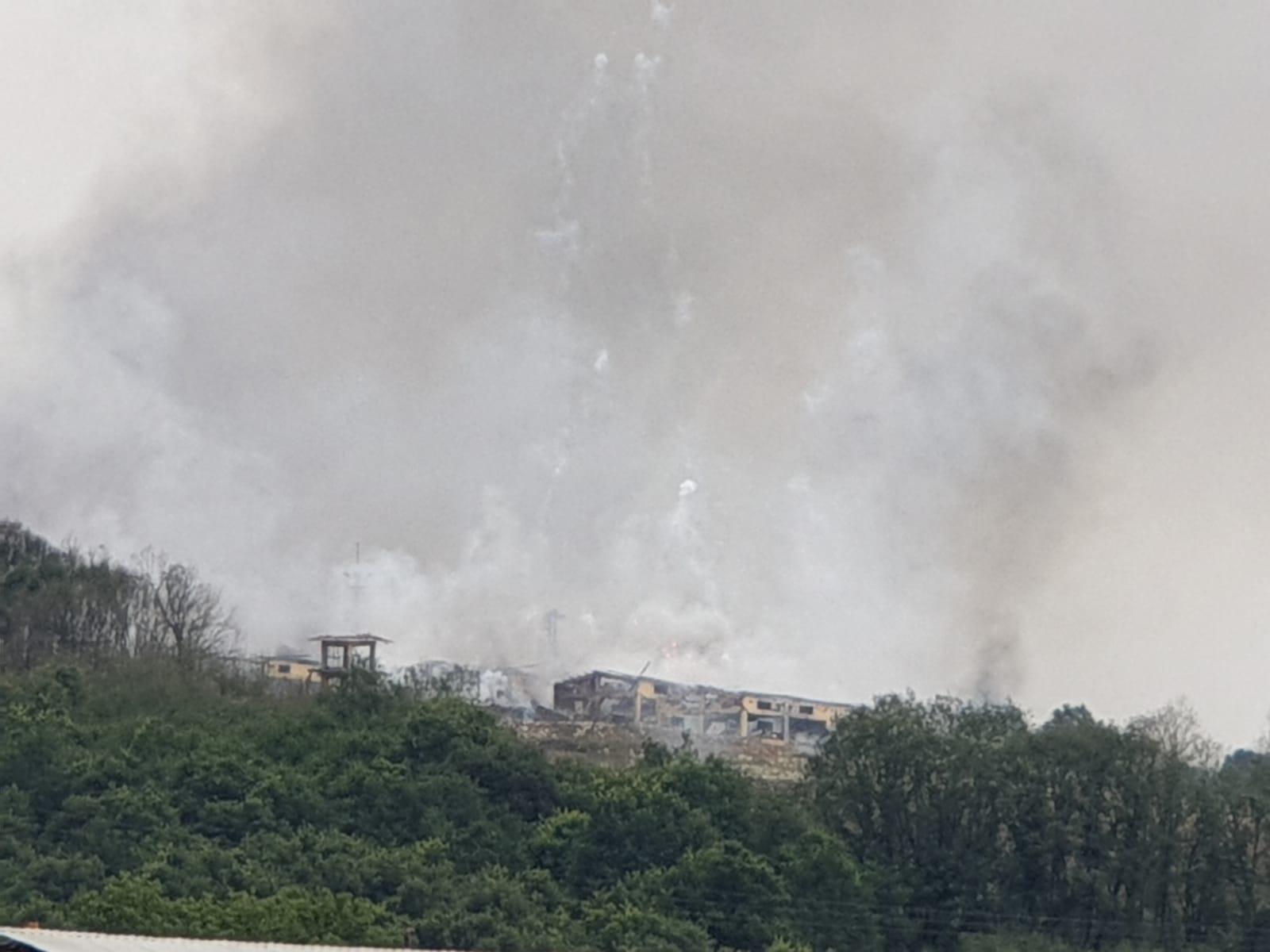 Havai fişek fabrikası patladı. 4 Ölü 97 Yaralı