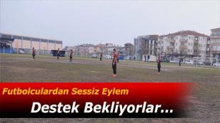 Futbolcular Sessizlik Eylemi Yaparak Dikkat Çektiler