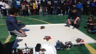 Sakarya Üniversitesi Öğrencilerinden Robot Gösterisi