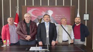 Hendek'li Gazeteciler Çuhadar'ı Ziyaret Etti