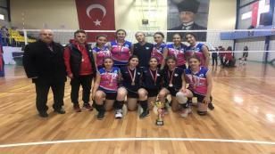 Şehit Mahmutbey'in Yıldızları Yine Şampiyon