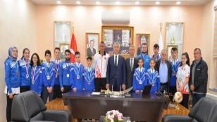 Şampiyonlardan babaoğlu'na ziyaret