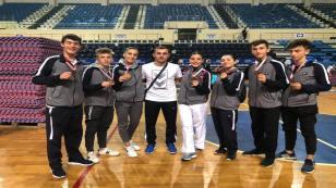 Hendekli Karatecilerden Madalya Şov