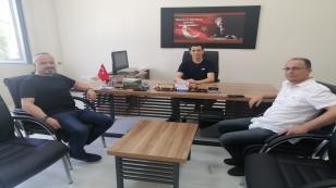Hendek Türk Eğitim-Sen'den Cumhuriyet İlkokuluna ziyaret