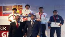Hendek'li Güreşçiler Kırık Balkan Şampiyonu, Kaya Üçüncü Oldu