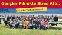 AK Partili Gençler Stres Attı