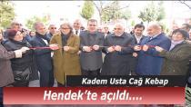 Hendek'te cağ kebap açıldı