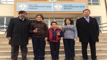 Murat Nişancı Ortaokulu Öğrencilerinin Ödülleri Adrese Teslim