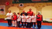 Hendek'li Karateciler Pamukkale'yi Salladı