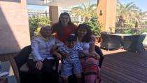 Akyüzlü'ye Ailesinden Moral Ziyareti