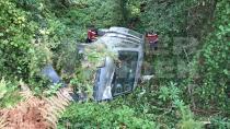 Hendek'te Araç Şarampole Yuvarlandı 2 Yaralı