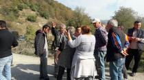 Aktefek Mahallesi Sakinleri Hafriyat Kamyonlarının Geçişini Engelledi