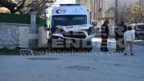 112 Ambulansı Hasta Almaya Giderken Kaza Yaptı 3 Kişi Yaralandı