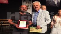 Kısa Film Yönetmeni Baycan Ödülünü Sinema Oyuncusunun Elinden Aldı