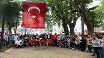 Türkiye İkincisi Minik Hentbol Takımı Coşkuyla Karşılandı