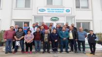 Hendek'li Süt Üreticileri Sütaş Eğitim Çiftliğinde
