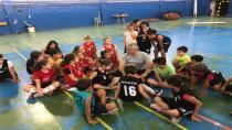 Bizim Turgut Miniklerle Basketbol Oynadı