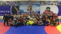 Güreşçiler 9 Madalya İle Döndü