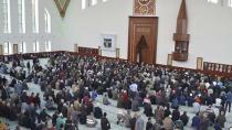 Çok Konuşuyorsun Diyen Cemaat Camiden Çıkartıldı