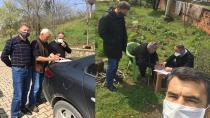 Hendekli gönüllüler yaşlıların yardımına koşuyor