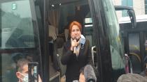 Akşener'in Hendek Ziyaretinde Korona unutuldu