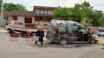 Hendek'te Trafik Kazası 1 Yaralı